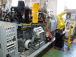 ダイカスト鋳造機